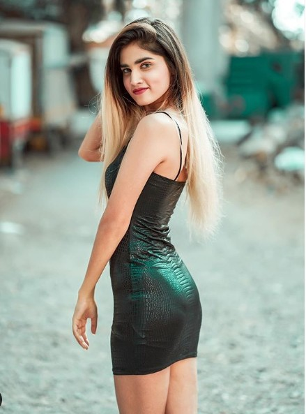 Ashima Chaudhary (TikTok Star) Wiki, Age,Family,Career,Biography,TikTok Id, Instagram, Boyfriend,and more