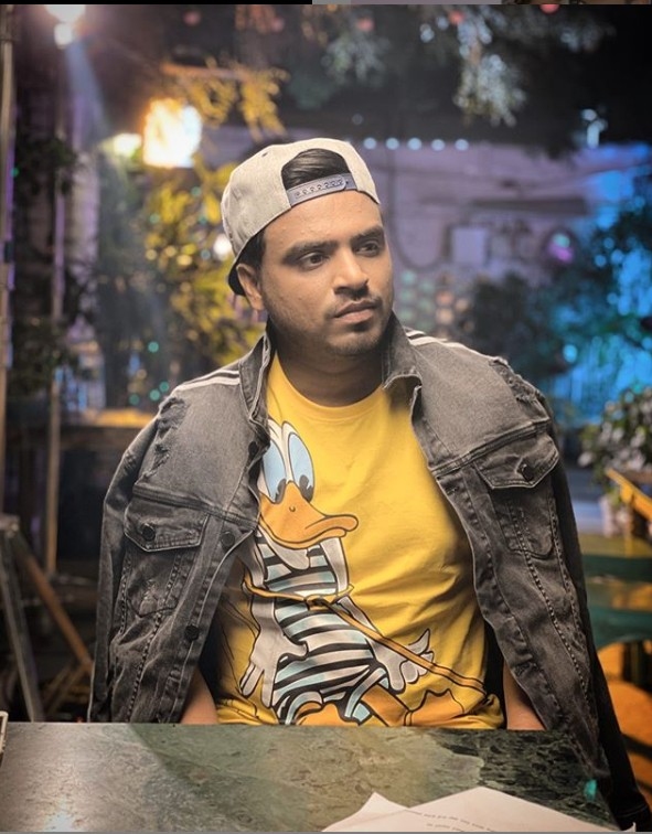 Amit Bhadana (YouTuber) Age,Wiki, Family,Career,Girlfriend,Biography,records,networth and more