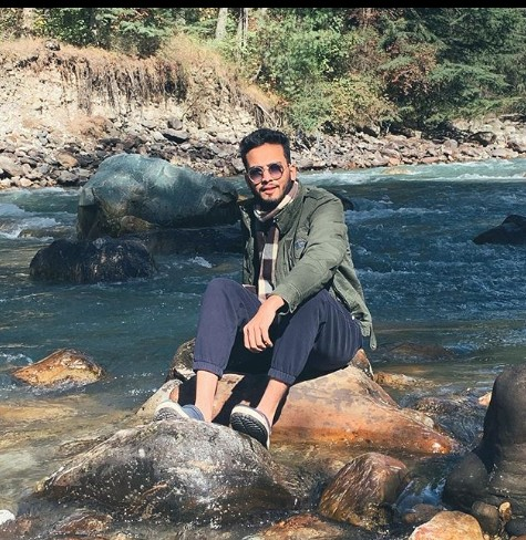 Elvish Yadav (YouTuber) Age,Wiki, Family,Career,Girlfriend,Biography,Controversy and more