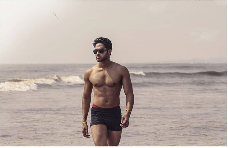 Mahesh Keshwala(Thugesh) Age,Wiki, Youtube, Family, Career, Girlfriend,Biography,Controversy and more