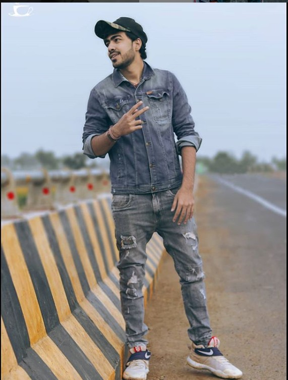 Samrat Bhai(YouTuber)Real Name, Age,Wiki, Family,Career,Girlfriend,Biography and more