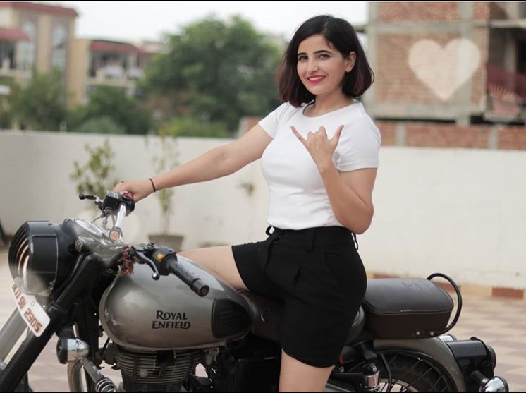 Sushma Chhikara(Youtuber) Age,Wiki, Youtube, Family, Career, Boyfriend,Biography,Physical Stats,Controversy and more