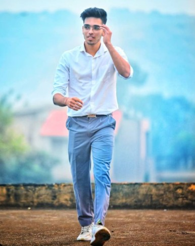 Lakshay Kaushik (Actor and Youtuber) Age,Wiki, Family,Career,Girlfriend,Biography, Physical stats and more