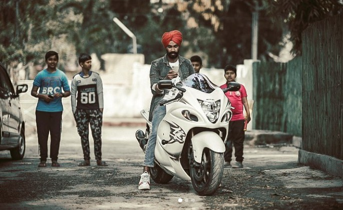 Jatt Prabhjot (YouTuber) Real NameAge, Wiki, Family, Career, Girlfriend, Biography, Physical stats, Youtube Channel and videos, Early Life, Wife, Controversy, Instagram, , height, Birthdate, Parents, networth, Bikes, Cars, New Song Some Facts and Many more