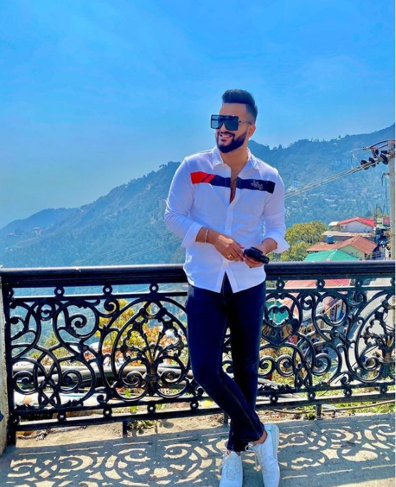 Fukra Insaan (YouTuber) Real Name, Age, Wiki, Family,Career,Girlfriend,Biography, Physical stats, Youtube Videos, Latest songs, Social Media and more